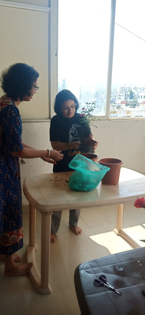 Gardening workshop image with Reema Gopalan and participants at Reema's Garden